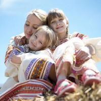 Женские русские народные рубашки